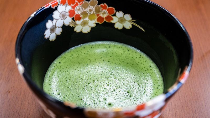 特別養護老人ホームうがた苑の笑みサロンで4回目の「お茶会」を開催!