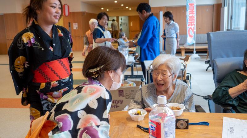 特別養護老人ホームあらしま苑で夏祭りを開催しました!