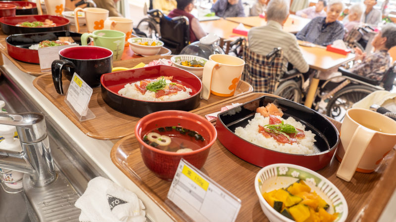 味も見た目も美味しい!うがた苑で誕生日のリクエスト食「てこね寿司」を作りました!